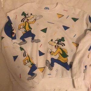 Vintage goofy Disney shirt
